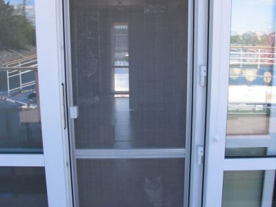 москитная сетка на двери